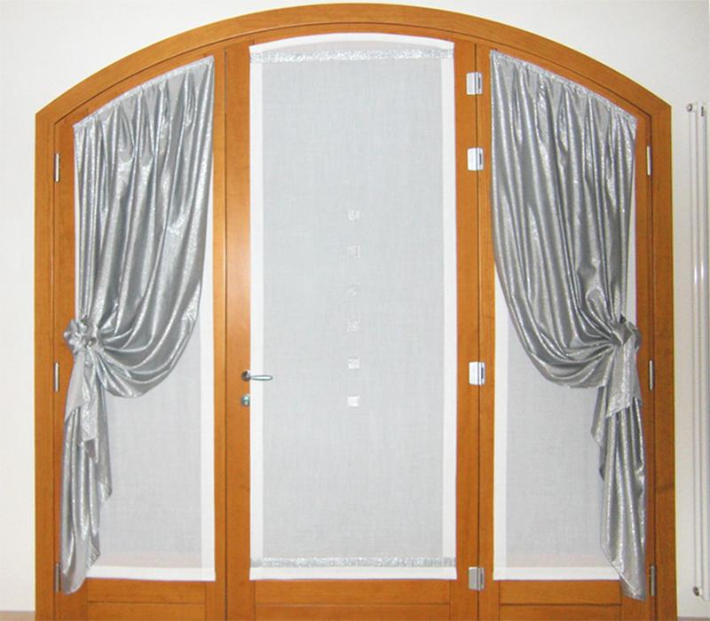 tenda vetro su porta